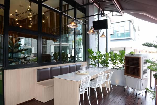 """◆""""Hemma Cafe""""环境宽裕,有绝对充足的私人空间。"""