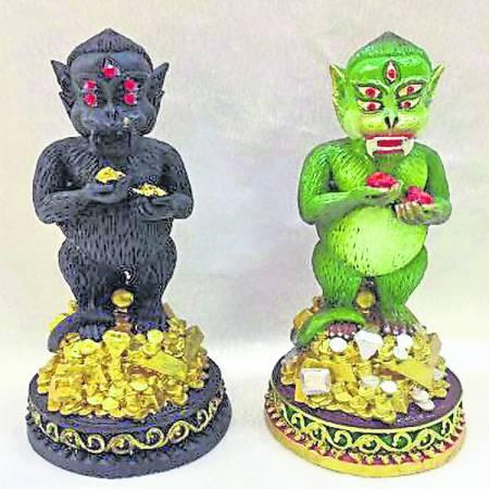 五眼四耳洗胡哈打圣像是泰国圣物,乃神仙落入凡间,助善信脱离穷困。