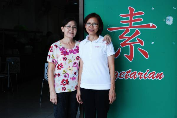 ◆罗姐(右)与餐厅负责人Wendy,2人致力推广素食。