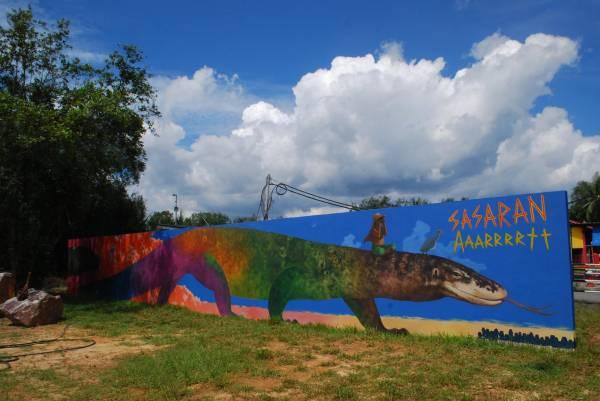 一连10天的艺术节,是结合50位艺术家天马行空的作品。