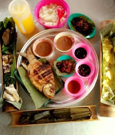 :吃过日本餐、韩国餐、你尝试过马 来人的传统食物吗?