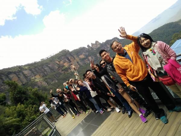 出国游玩,可以认识不同的团友,又能一起欢乐游玩,简直是另有一番体会。