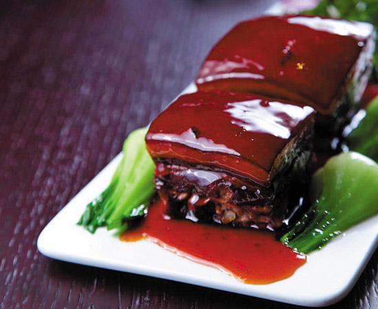 终于能放心把东坡肉那入口即化的肥猪肉吃下肚了,但是谨记,过量仍对身体健康有害。