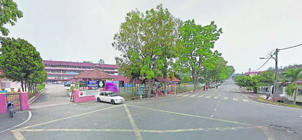 学校在住家附近虽然方便,但在方圆300至500米内都会受声煞影响,有损家运。