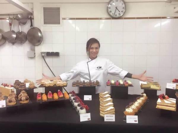 蔡健雅活得自如,更视甜点为生活的重中之重, 曾经还梦想开甜品店当甜品师傅。