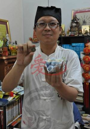 王忠文道长表示,无论是选择新工作还是继续留任,心态保持正面积极很重要。