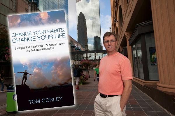 托马斯·科里花了5年的时间研究177名百万富翁的生活习惯,发生他们有许多共同点,并著书和大家分享。