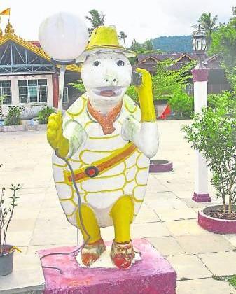 在樾古拉佛寺随处都可以看到乌龟的模型,如果你跟它有缘,那么就恭喜你了!它必会暗中庇佑你。