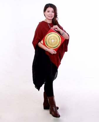 陆小凤师傅表示,可在屋宅中央设置黄水晶七星阵,增加开运效果。
