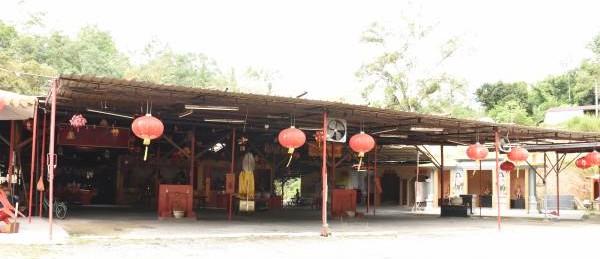 旧玻璃口财神庙