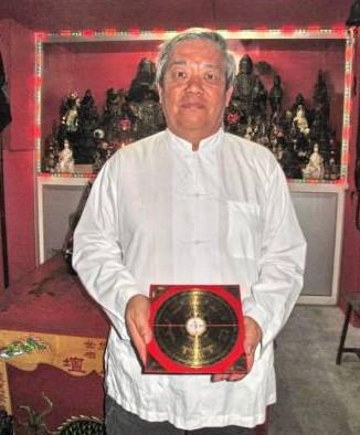 吴俊融师父透露,要靠神灵来破解风水煞,一定要懂得以什么神灵破解什么煞位,这才是一物克一物的原理。