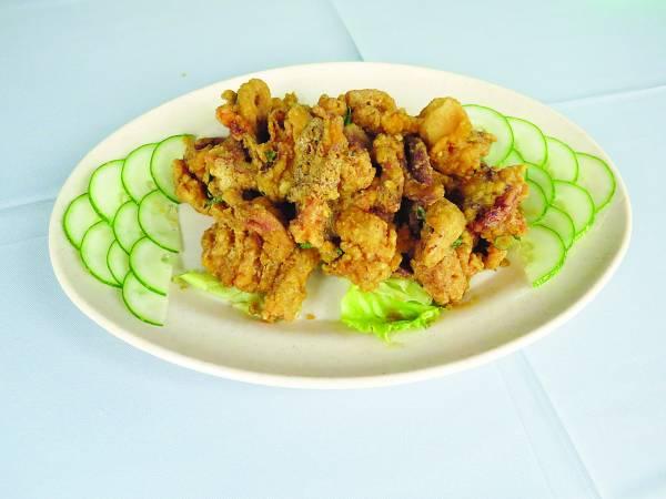 ◆咸蛋炸鲜鱿鱼