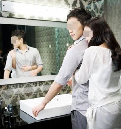 妙婵师太劝告,婚姻出现第三者时,太太也须付上部分责任,同时要善用柔情手段绑住对方的心。