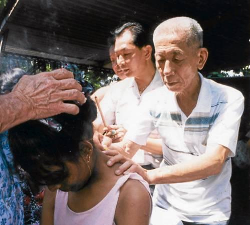 当年邓双松老伯伯会在这一天以独家古方疗法一治哮喘。