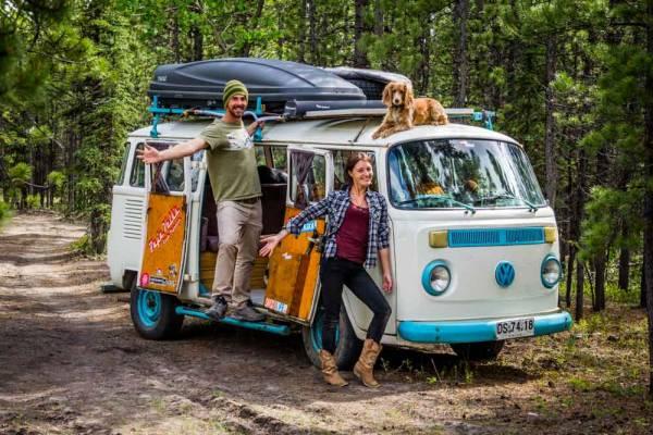 澳洲年轻人不愿成为房奴,因而住在大篷车内,享受游牧的生活。