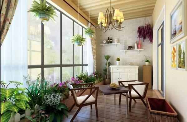 在阳台种一些盆栽,不仅美观且能化解反弓煞、净化气场,增强屋主好运势。