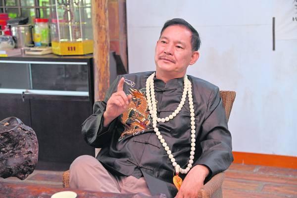 苗大指出,敦马哈迪为强势首相,但天意上旺阿兹莎柔能克刚,因此对希盟政权及国运起到不凡效应。