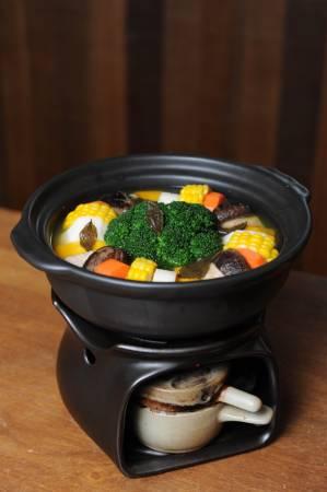 ◆乌龙蔬食茶汤煲