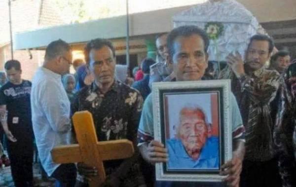 146岁的老人以绝食求死。