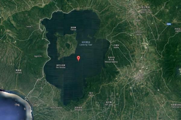 谷歌地图:岛上的湖中岛上的湖中岛