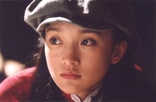 26岁出演《雾雨风》。