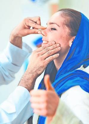 爱美是女人天性,即使在伊朗这个保守国度都没有例外。