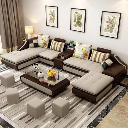 在沙发进行摆放时,也不能够摆成一字型,那便犹如壮士断臂,难有作为。因此,沙发摆放也要呈现U形,才利于保证聚财纳福。
