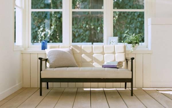 沙发风水禁忌沙发靠墙不靠窗。