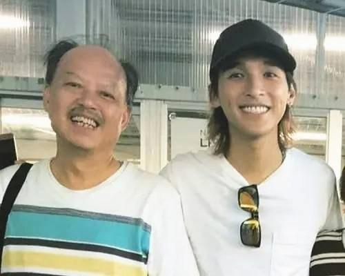黄又南和父亲。