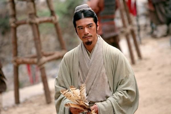 金城武在电影《赤壁》饰演足智多谋的诸葛亮。