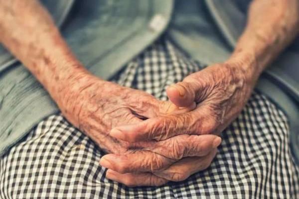 老而不苦是人人想要的真正福气。