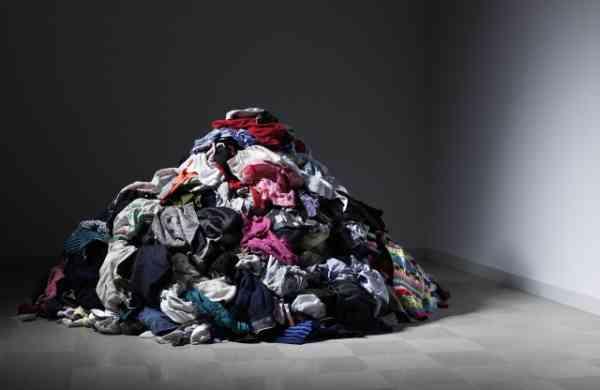 捡来的衣服到底经历了什么?鬼知道。