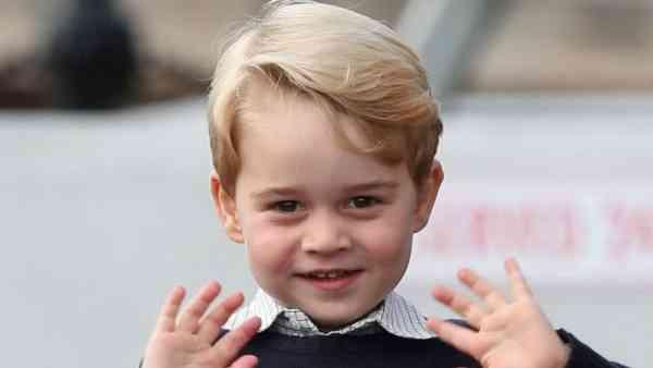 最后来张乔治小王子的笑容,萌你一脸。