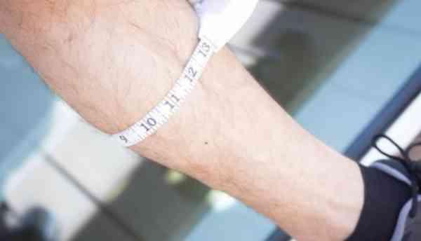 肌少症是老人杀手,当肌肉纤维流失太多,不足以支撑体重和保护骨骼时,就会增加骨折的风险!
