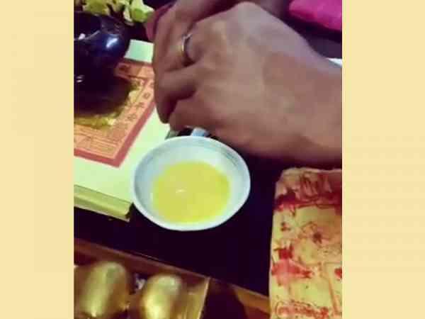 善信自己带来的鸡蛋,解降后,将鸡蛋打出来竟变成不明液体 。