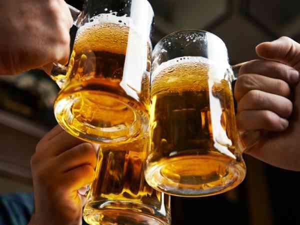 """干杯是一种礼仪,劝酒是一种""""陋习""""!"""