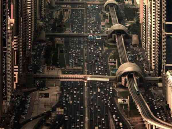 这么现代化又前卫的街景,你这一生看过吗?