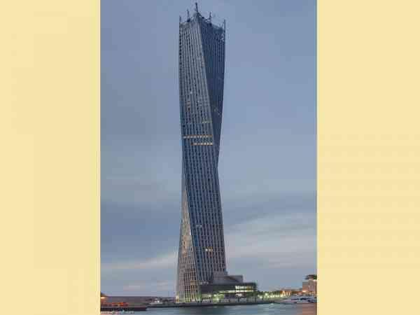 大楼原来可以这样盖,在杜拜没有什么是不可能的。