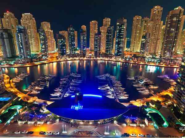杜拜的绝美夜景,美到让人说不出话来。