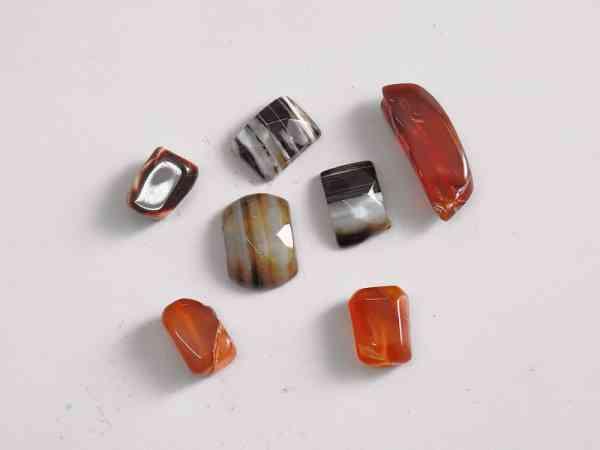 水晶具有强大磁场能量,能帮助事主扭转乾坤,消灾改运。