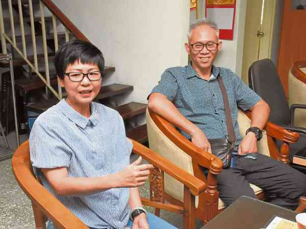 冯先生和太太经过何医师治疗后,两人自觉健康逐渐好转。