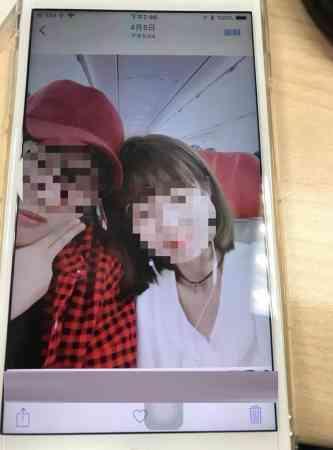 洪姓摄影师(图左)在庭上承认与人妻通奸,但空姐网红否认。