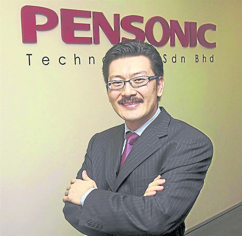 周俊仁将遍视利业绩推向另一个高峰。