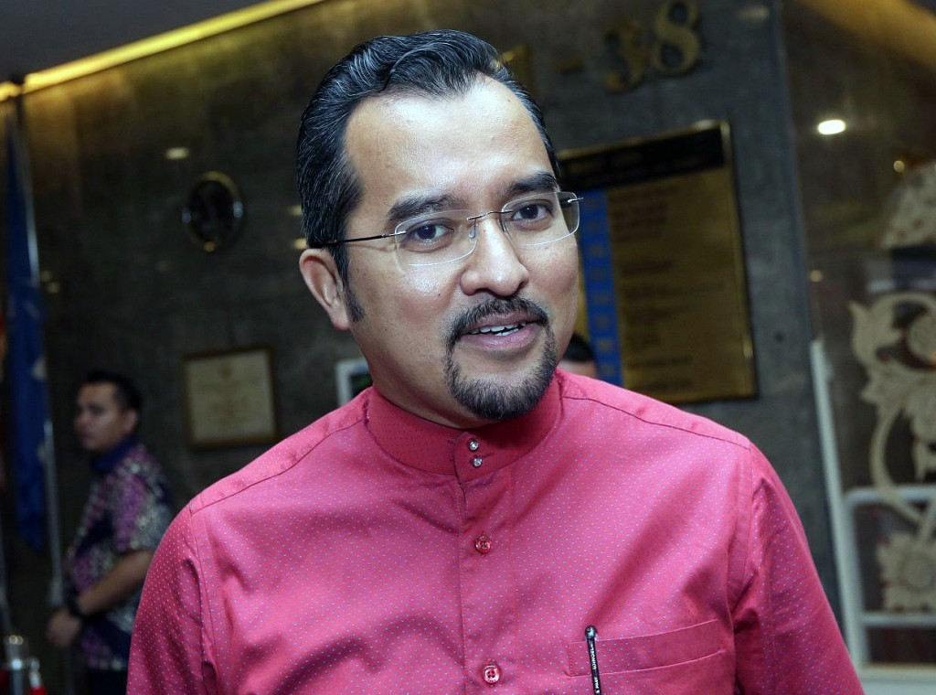 Umno Youth chief Datuk Dr Asyraf Wajdi Dusuki were seen after their meeting at the Menara Dato Onn on Thursday. IZZRAFIQ ALIAS / The Star. March 12, 2020.