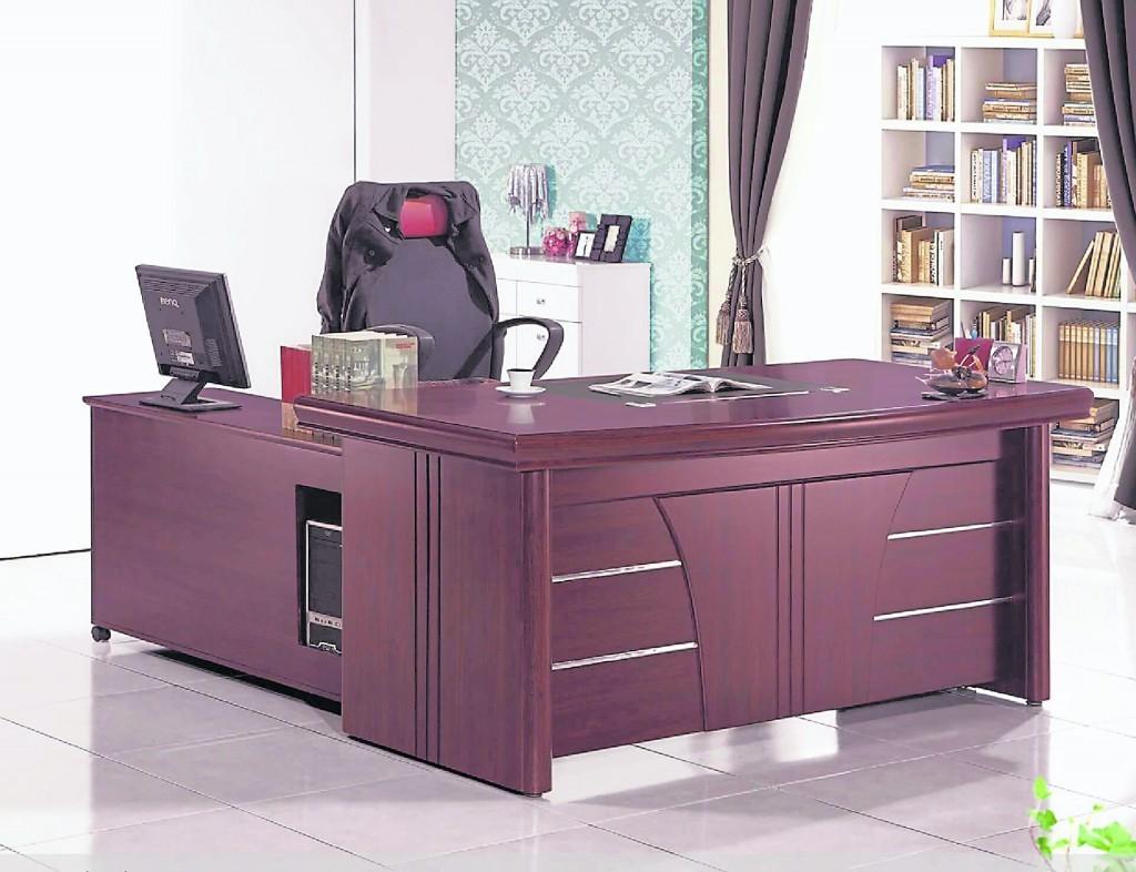 好的办公桌摆放风水能够提升主人的事业运,有助职场发展。