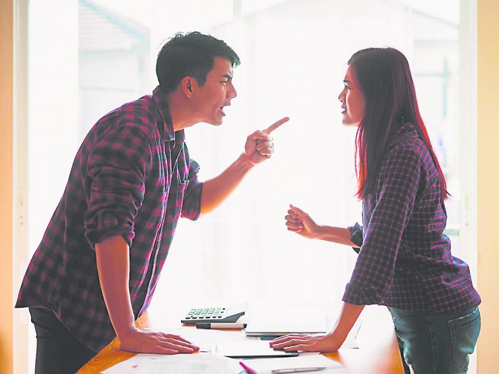 任何时候,人际关系都要和谐轻松才好,如果人际关系太紧张,随时可能会发生口角之争,十二生肖,有的生肖在2020年里,就要多多注意人际方面的问题。