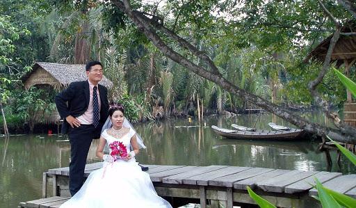 为了过上好日子,越南新娘不远千里嫁给语言不通的韩国丈夫。