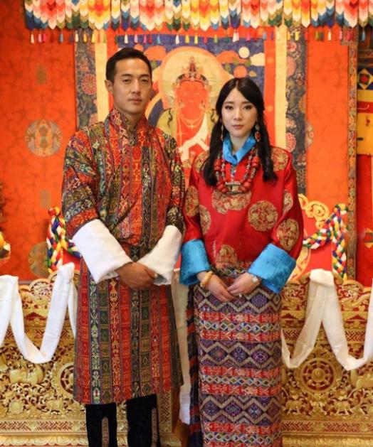 不丹公主尤普玛日前大婚,与其夫君可谓郎才女貌。