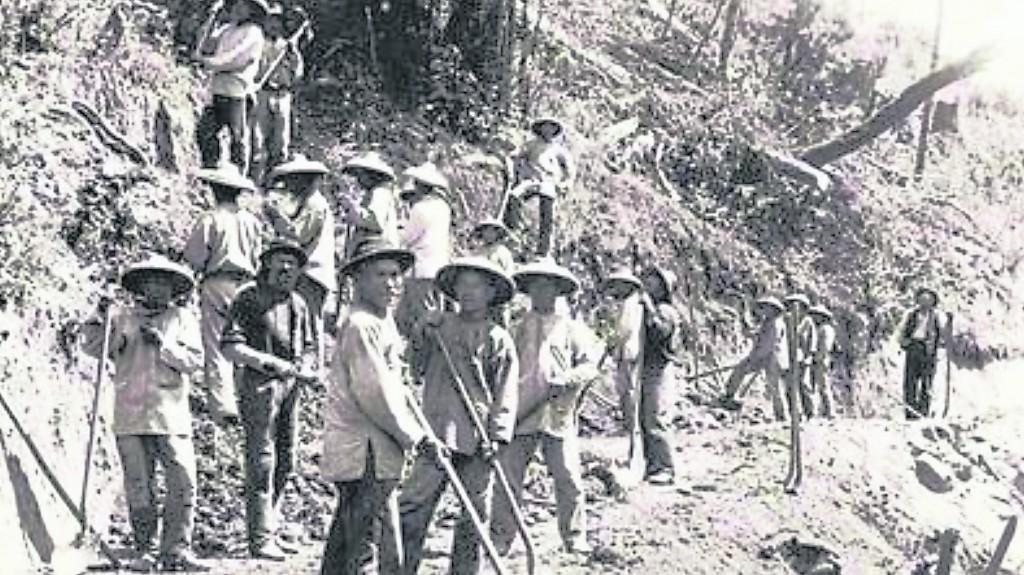 由于西方殖民者在全球范围跑马圈地需要大量廉价的劳动力,19世纪中后期至20世纪初是买卖猪仔的高峰。