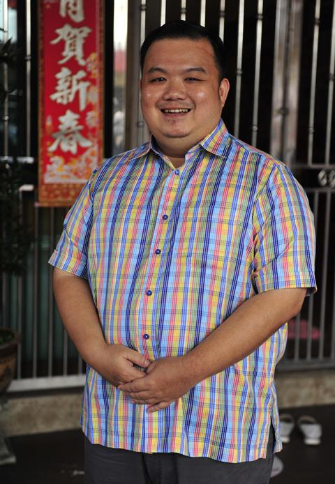 拿督郑振胜表示,当我们有能力时候就需履行社会责任,关爱及帮助他人。